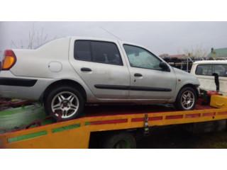 В разборе автомобиль Renault Clio II 2002г.в.