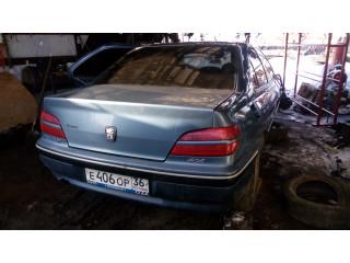 В разборе Peugeot 406 2001г. Седан