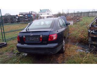 В разборе автомобиль Hyundai Elantra XD 2002 г.в.